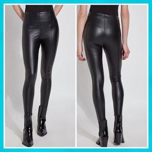 Lyssé Textured Faux Leather Legging